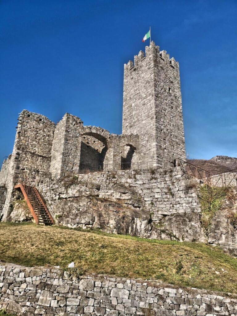 Castello di Breno Valle Camonica (1)