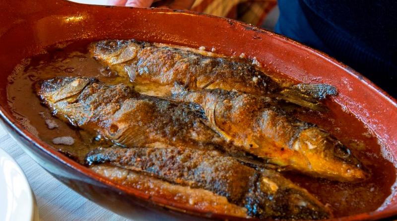 Cucina Bresciana - Ricette Bresciane -Tinca al forno lago d'iseo