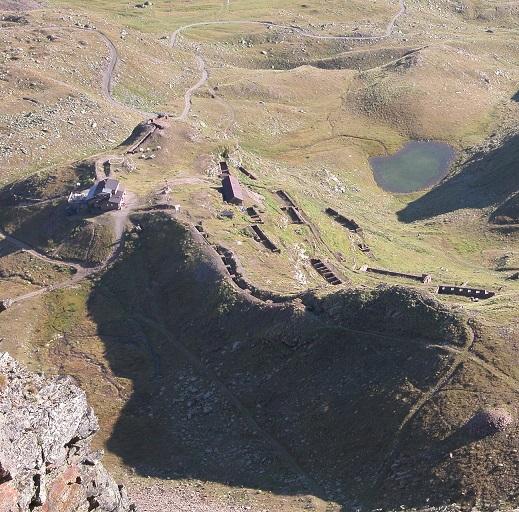 Escursioni in Valle Camonica conca del Montozzo Trincee